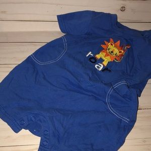 Boys lion T-shirt shorts jumper